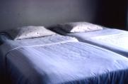 Kuviokankaat-tyynyliinat pedattu Hotelli Kolin huoneisiin